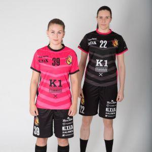 Kompletní sada (černý a růžový dres + trenky)